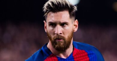 Vidal and Suarez 'only Barcelona players pushing for Messi